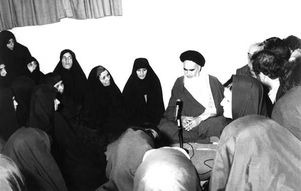 دیدگاه حضرت امام خمینی(ره) در مورد زن با رویکرد فلسفی: تبیین شخصیت سیرۀ حضرت زهرا(س)